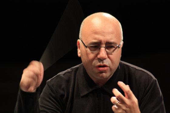 Ferrer Ferran Dirigiendo